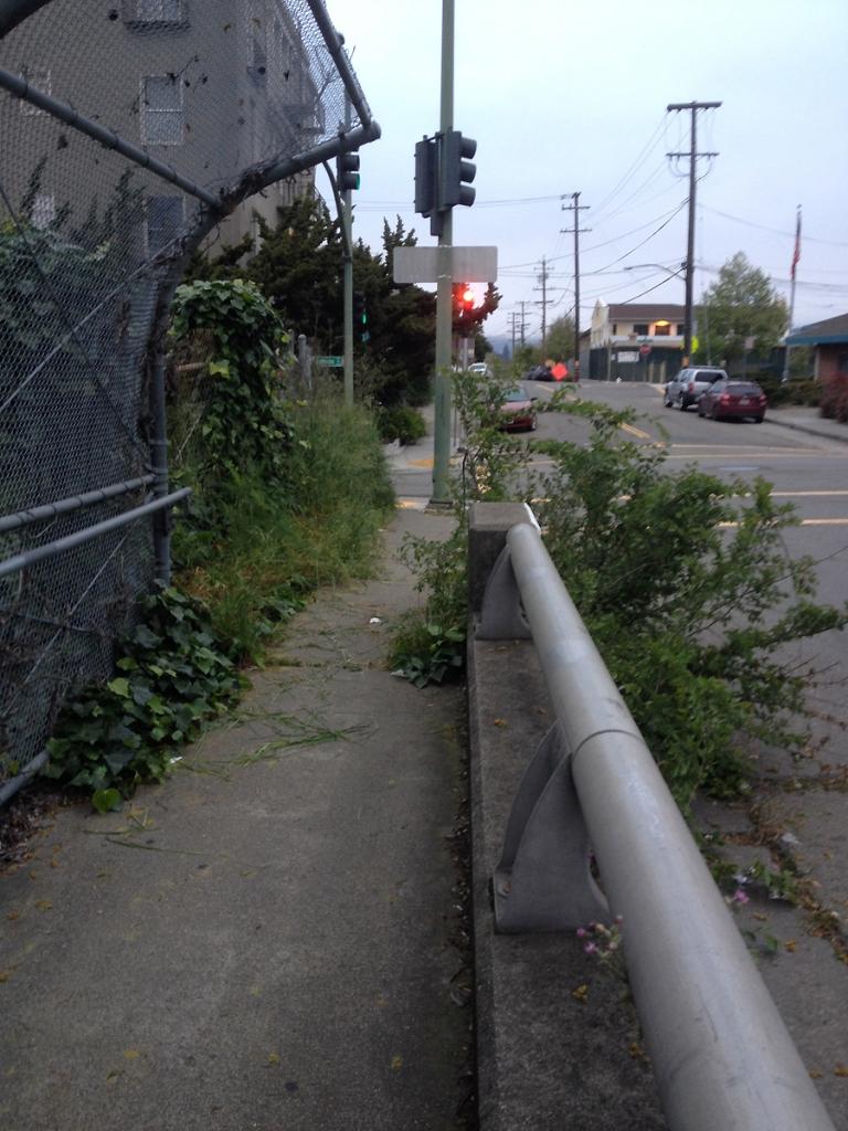 Walkway over Hwy 580, Oakland, CA
